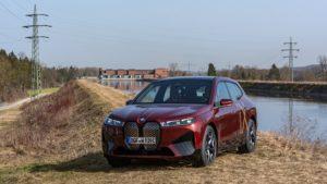 BMW Group produce auto elettriche con energia idroelettrica