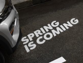 Dacia Spring insieme agli artisti della Street Art
