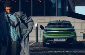 Il moderno viso della Nuova Peugeot 308