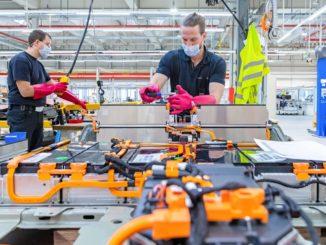 Opel, le auto elettriche e il Centro Batterie di Rüsselsheim