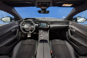 Due modi di usare la Nuova 508 Peugeot Sport Engineered