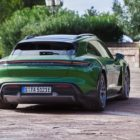 porsche_taycan_cross_turismo_electric_motor_news_02