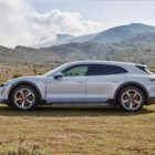 porsche_taycan_cross_turismo_electric_motor_news_04