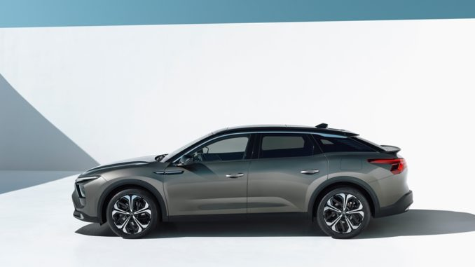 Audacia e innovazione della nuova Citroën C5 X