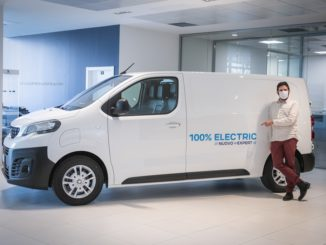 Nuovo Peugeot e-Expert consegnato alla puntata sui ristoranti milanesi