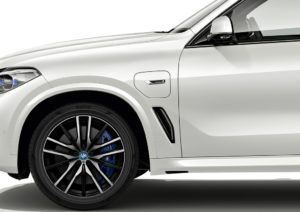 Pneumatici Pirelli sostenibili per la BMW X5 Plug-in Hybrid