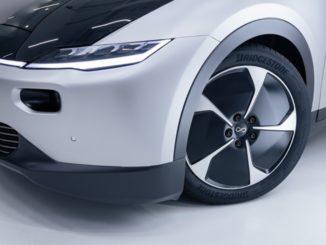 Partnership tra Lightyear e Bridgestone per auto elettrica solare