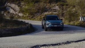 Con Nuova Citroën ë-C4-100% ëlectric al parco eolico di Fossato di Vico
