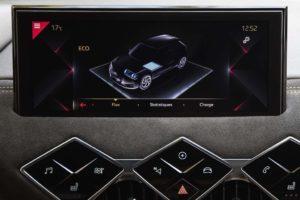 Viaggio spensierato grazie alle modalità di guida e di ricarica di DS 3 Crossback E-Tense