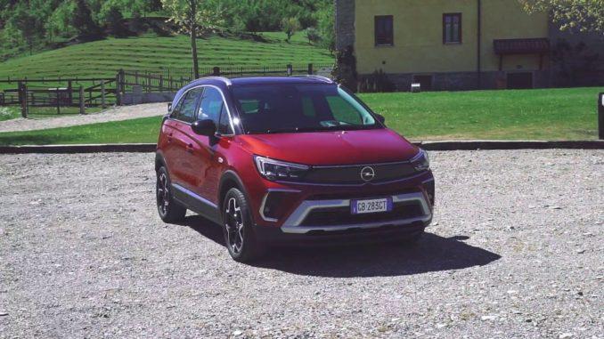 Tra le colline dell'Oltrepò Pavese a bordo di Opel Crossland
