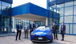 Nuova Toyota Mirai presentata al Presidente dell Provincia di Bolzano e Regione Trentino Alto Adige