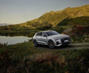 L'esclusivo look e la ricarica rapida di Audi e-tron 2022