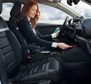 Guida facile anche per i neopatentati con Nuova Citroën ë-C4 – 100% ëlectric