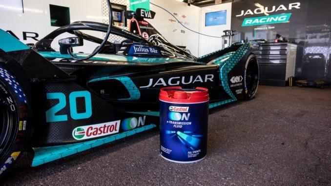 Più efficienza con i nuovi liquidi Castrol per Jaguar Racing in Formula E