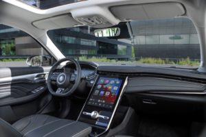 Arriverà in autunno il nuovo C-SUV MG Marvel R Electric