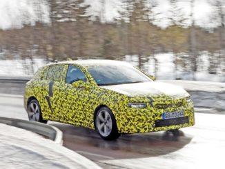 In arrivo la nuova Opel Astra, dopo durissimi test