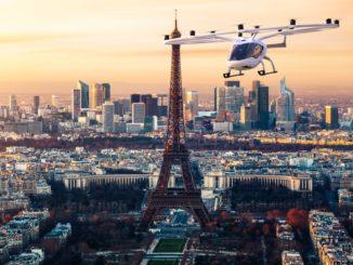 Volocopter 2X vola all'aeroporto di Le Bourget durante il Paris Air Forum
