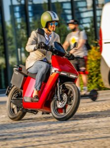 Debutto degli scooter elettrici WOW 774 e 775