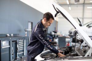 Disponibile il servizio Telemaintenance per i veicoli elettrificati Peugeot
