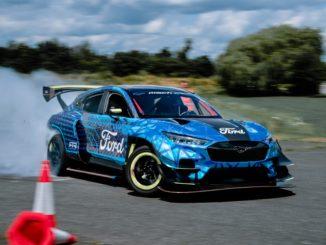 Esperienza di guida elettrica Ford al Goodwood Festival of Speed