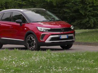 Lo spazio e la versatilità di Opel Crossland
