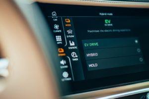 La nuova Flying Spur Hybrid di Bentley