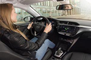 Uno sguardo della sicurezza della nuova Opel Corsa-e