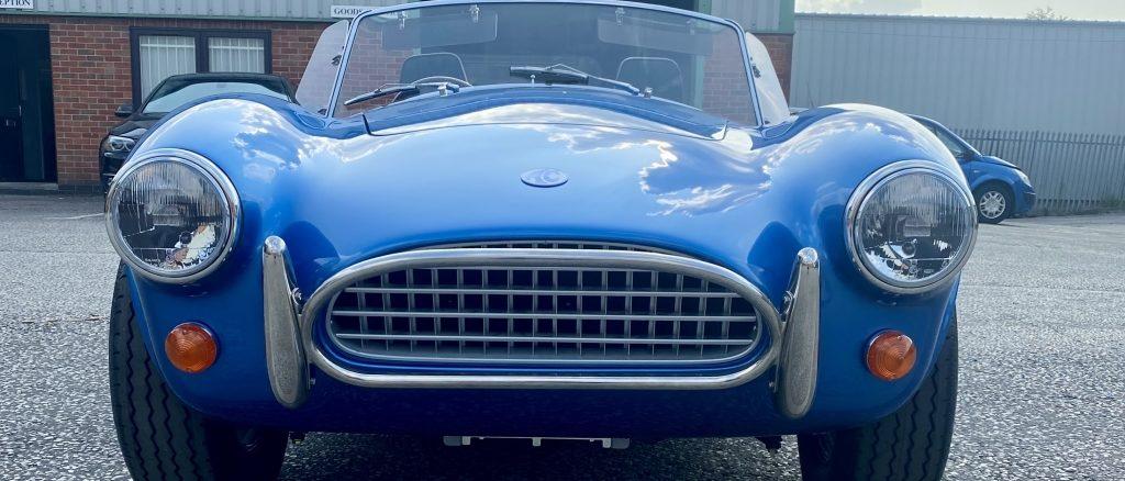 La nuova AC Cobra Series 1 Electric debutterà al British Motor Show