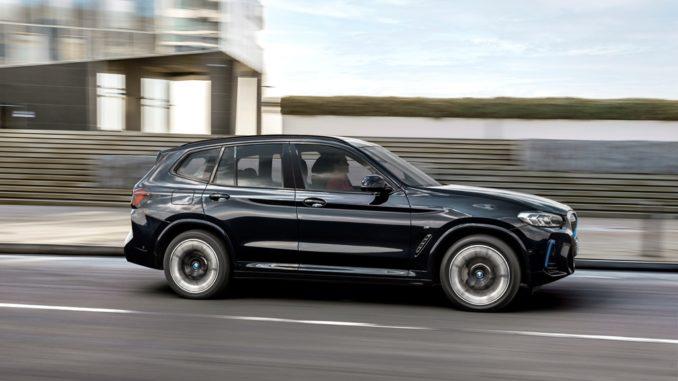 BMW aggiorna il modello iX3, ordinabile da subito