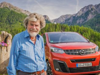 Incontro in Alto Adige tra Reinhold Messner e i van elettrici Opel