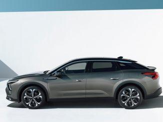 Sintesi tra berlina, station wagon e SUV. E' la magia di Citroën C5 X