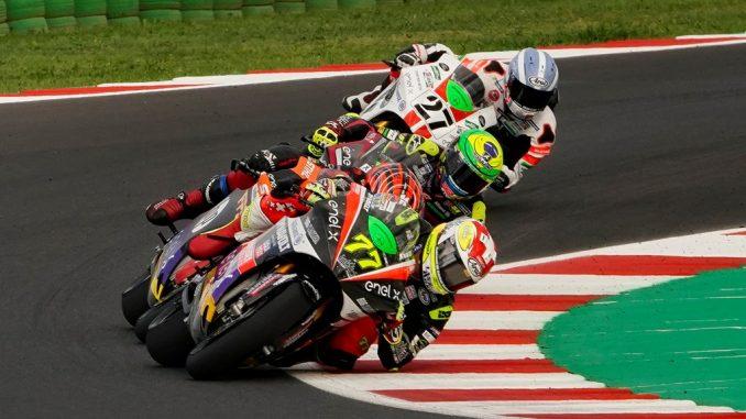 Moto E. Torres vince gara uno a Misano