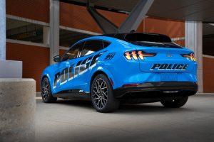 Mustang Mach-e, il primo veicolo elettrico a superare i test della polizia dello Stato del Michigan