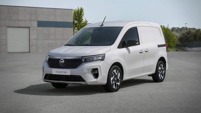 Nuovo veicolo commerciale compatto Nissan Townstar, anche elettrico