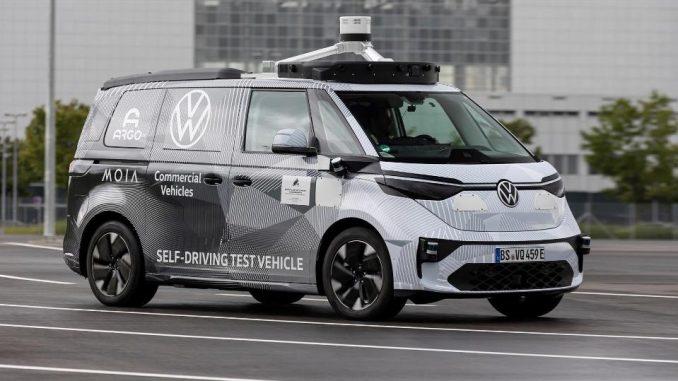Prove generali di guida autonoma da Volkswagen Veicoli Commerciali