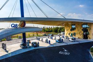 Dalla benzina alla ricarica ultra fast. Q8 inaugura l'innovativa stazione a Paderno Dugnano