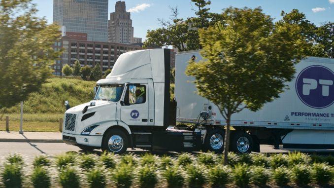 Il più grande ordine di camion elettrici preso da Volvo in Nord America