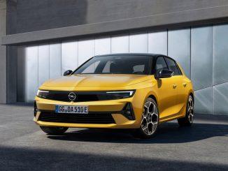"""La sintesi della filosofia Opel """"Bold and Pure"""" di Nuova Astra"""