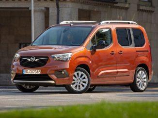 Opel Combo e-Life, cinque o sette posti per la mobilità elettrica quotidiana