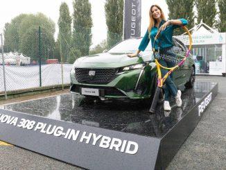 Si rinnova la presenza di Peugeot a Tennis & Friends con un pensiero alla sanità